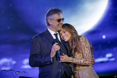 Andrea Bocelli performs alongside stars like Jennifer Lopez at Celebrity Fight Night in 2013. Photo courtesy of PHIL GUDENSCHWAGER