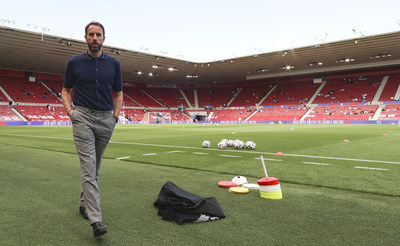 Gareth Southgate wears Percival Summer Knits collection for the 2021 Euros (PRNewsfoto/Percival)